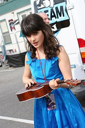 220pxzooey_deschanel__virgin_music_
